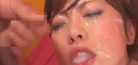 Hot gal with amazing tits love cumshot